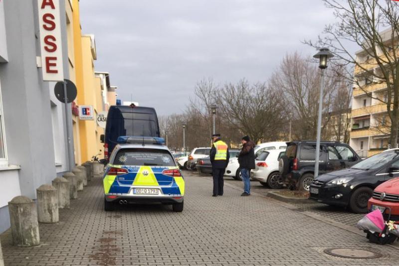 Bankräuber stellt sich der Polizei