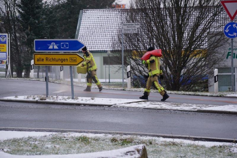 Kilometer lange Ölspur beschäftigt Feuerwehr