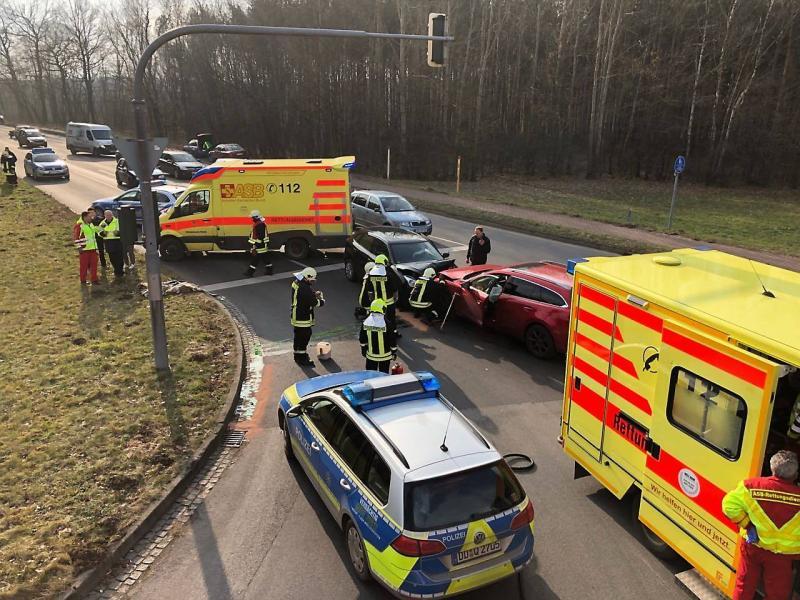 Mutmaßlicher Autodieb verursacht Unfall