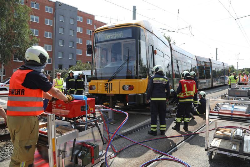 Straßenbahn in Gorbitz entgleist