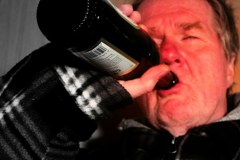 Zuviel getrunken? Zahlreiche Alkoholverstöße am Wochenende