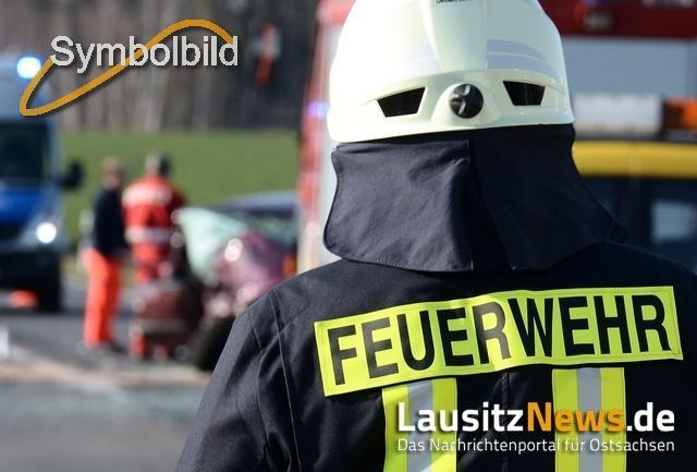 Frontalzusammenstoß auf B98: Fahrerin verstirbt