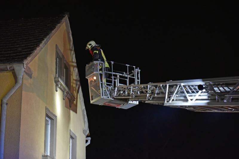 Wohnhausbrand: Feuerwehr probt Ernstfall