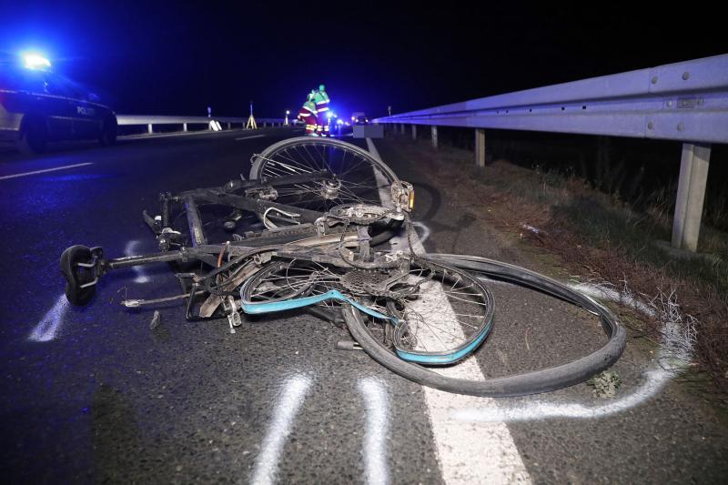 Kleintransporter erfasste Radfahrer  Fahrer hatte über 1,6 Promille