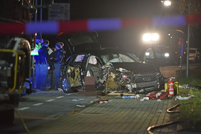 UPDATE: Betrunkene Autofahrerin verursacht den Tod zweier Menschen  Zeugen gesucht