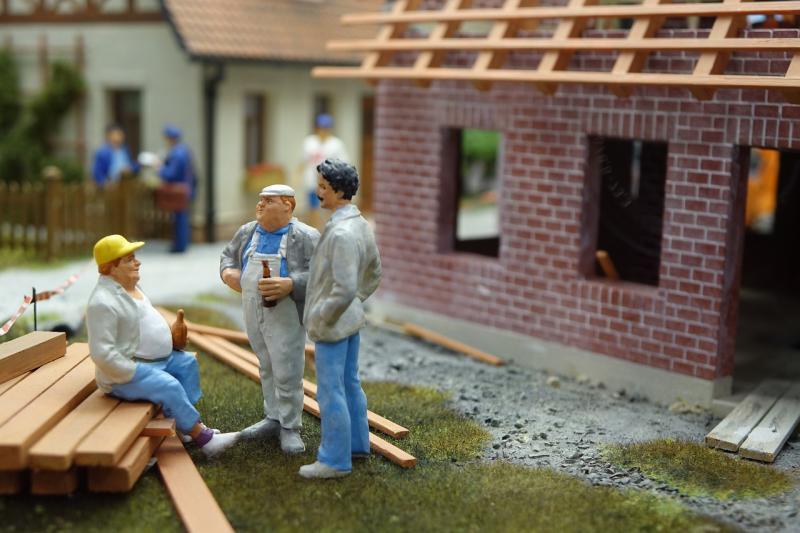 Betrüger unterwegs  Warnung vor falschen Dachdeckern
