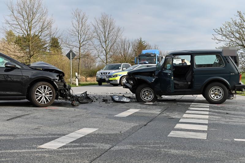 UPDATE: Alkoholisierter Pkw-Fahrer verursacht Verkehrsunfall