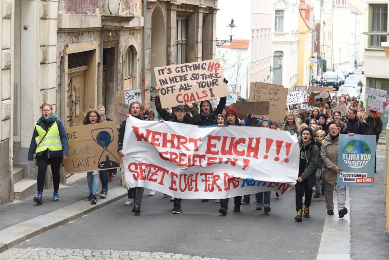 Fridays for Future: Schüler und Studenten demonstrieren für mehr Klimaschutz