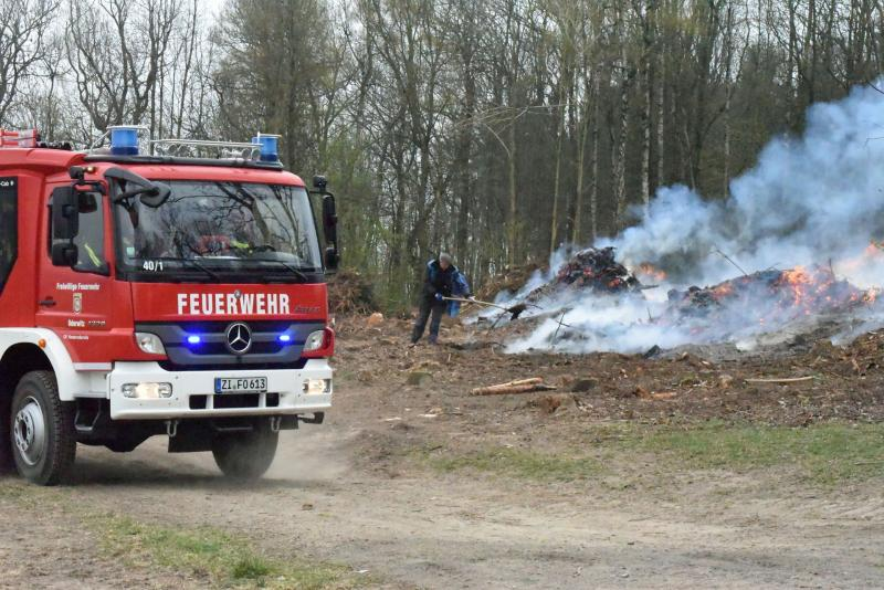 Gemeldeter Waldbrand entpuppt sich als privates Feuer
