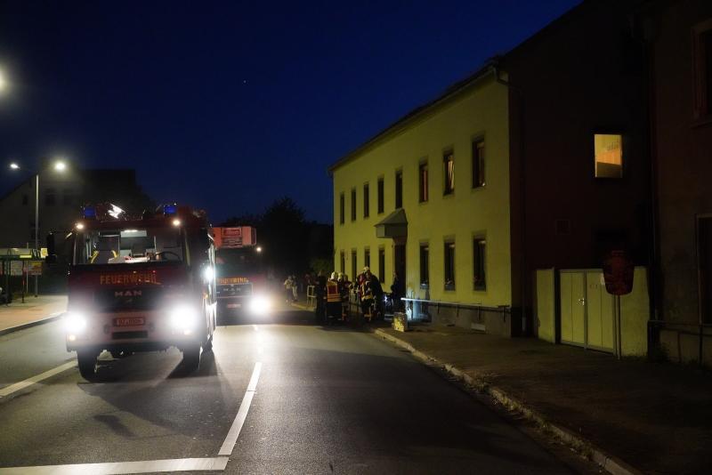 Feuerwehreinsatz wegen falsch angezündetem Kamin