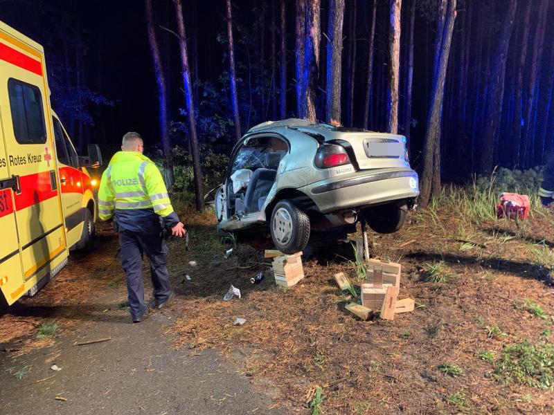 Zeugen nach Unfall mit schwer verletzter Person gesucht