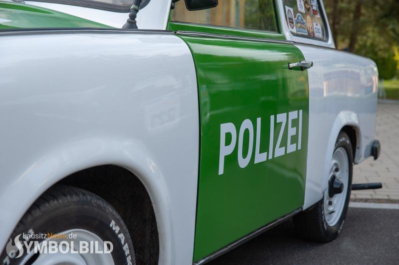Betrunken in Graben gefahren - ohne Fahrerlaubnis reingekracht