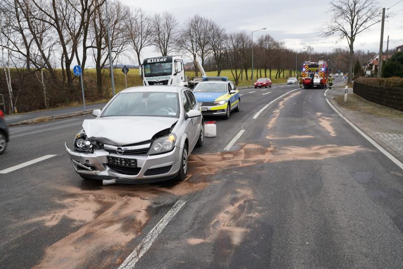 Fahrschulauto in Unfall verwickelt