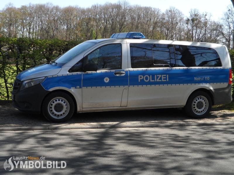 Randalierer griff Polizei an