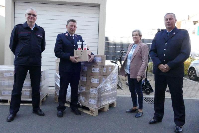 Landkreis Görlitz spendet Handdesinfektionen für Feuerwehren