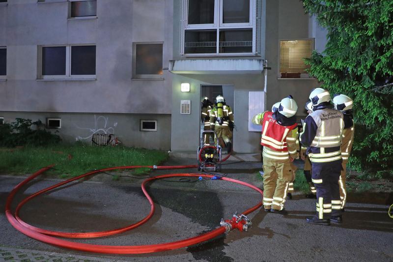 Kellerbrand in Mehrfamilienhaus - 1 Verletzter
