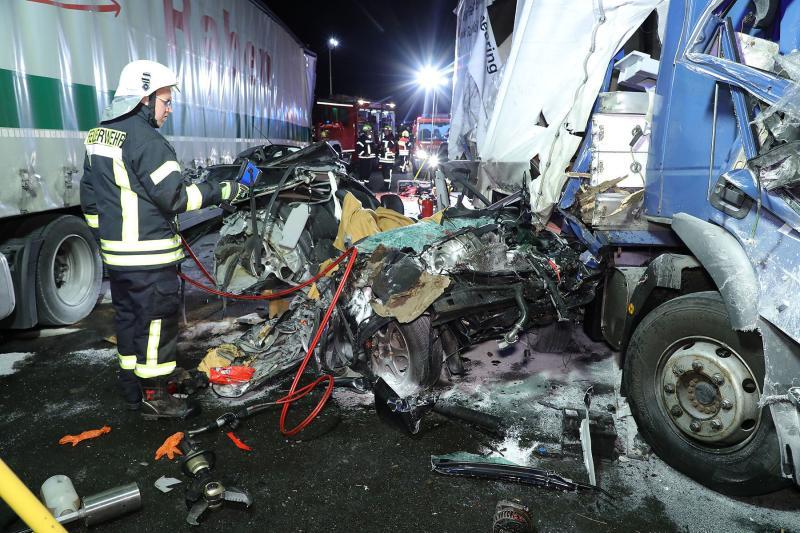Nach Unfall am Montag: Fahrer ebenfalls verstorben