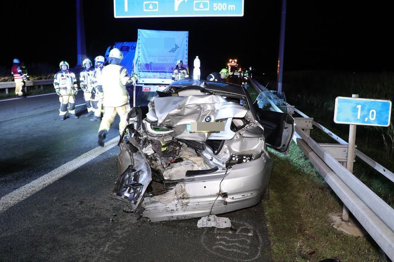 Drei Fahrzeuge kollidierten auf der Autobahn