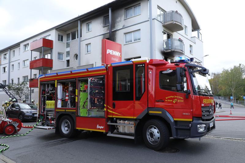 Wohnungsbrand im Mehrfamilienhaus